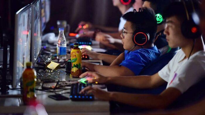 videojuegos menores en China
